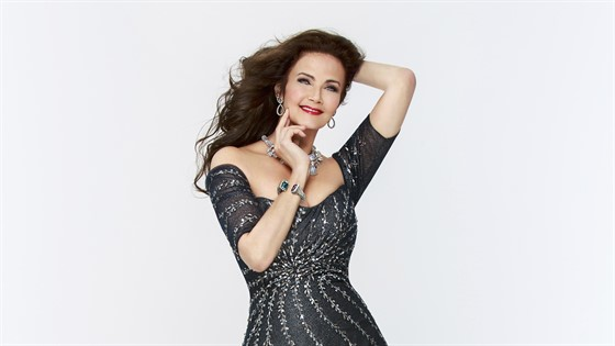 Lynda Carter 2019 MAIN2.jpg